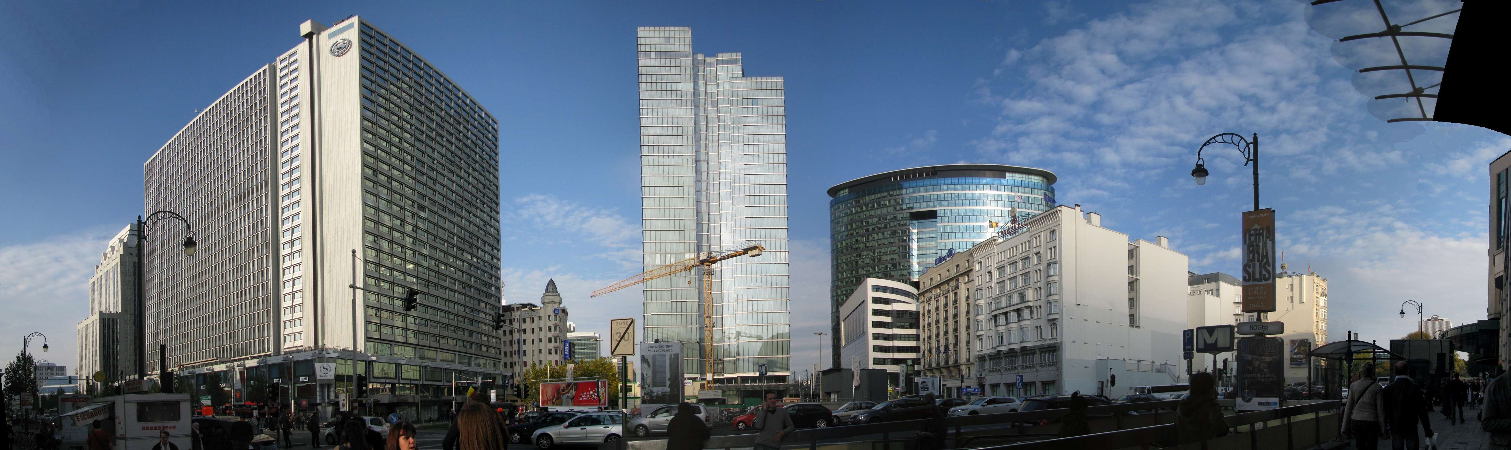 Brussels_Place_Rogier_et_ses_Tours_-_panoramio