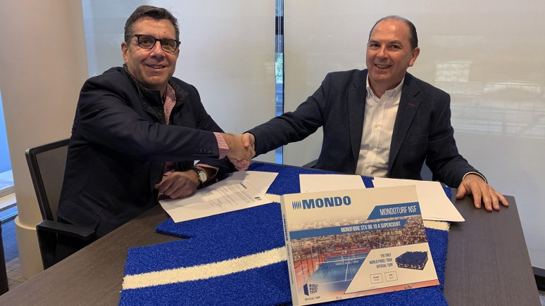 Mondo keeps the 'blue heart' of World Padel Tour