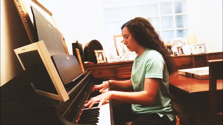 Home Sessions: El piano de Araceli Martínez